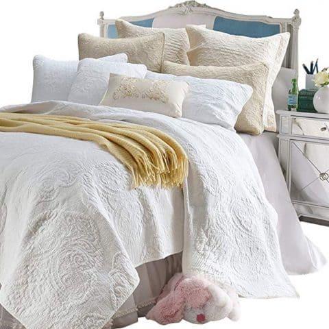 Brandream White Vintage Paisley Comforter