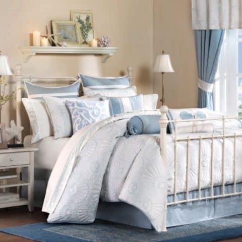 Harbor House Crystal Beach Comforter Pale Blue