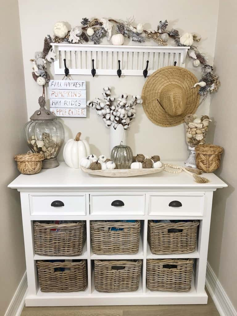 Coastal Cheryl Fall Decor