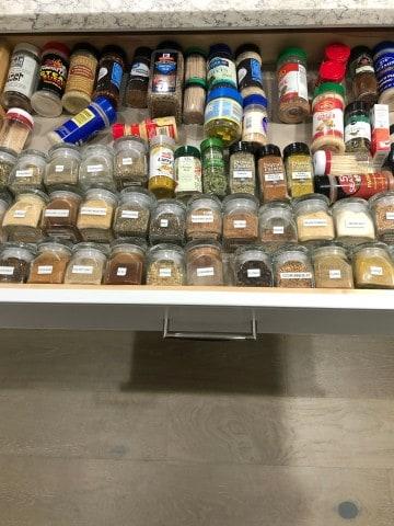 spice drawer orgainzation